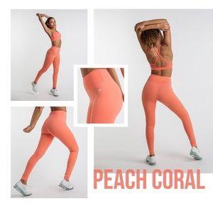 Peach Coral Dreamy Leggings size medium